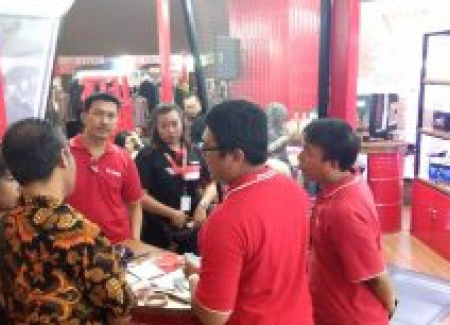 Pameran Indonesia International Motor Show (IIMS) Jakarta 2019